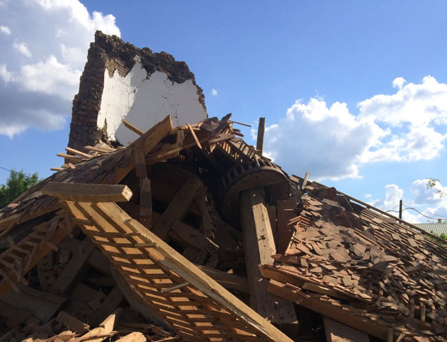 Debris of the mill pic